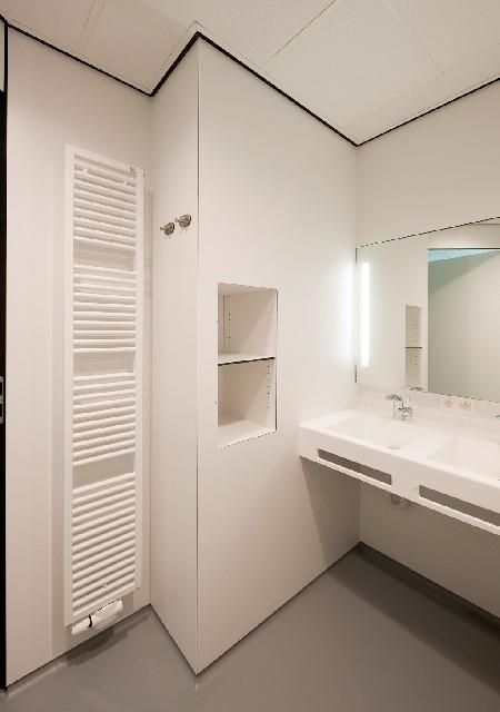 Zehnder verwarmt uitbreiding Stedelijk Ziekenhuis Roeselare met designradiatoren en plafondstralingspanelen
