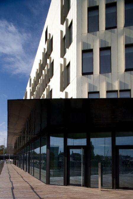 Monnoyer, Bâtiment exemplaire pour Elia_2