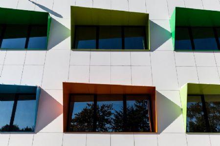 Paint it green. A Limelette, le CoRI s'offre un bâtiment remis à neuf par helium3._3