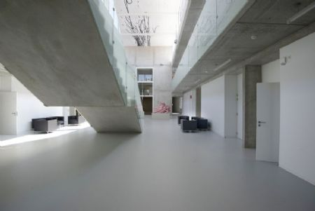 Gebouw I (UA) op Campus Middelheim: bescheiden kunst_7
