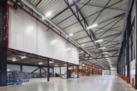 Distributiecentrum met kantoren Horeca Van Zon Lommel_2
