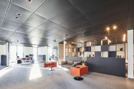 Distributiecentrum met kantoren Horeca Van Zon Lommel_4