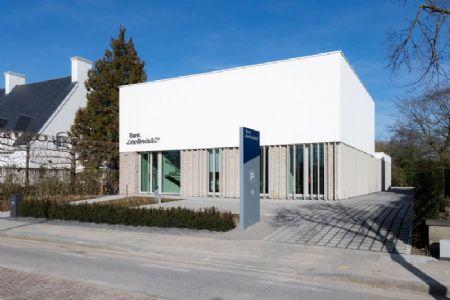 kantoorgebouw Bank J.Van Breda & C° _2