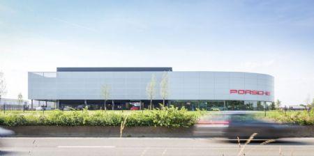 Kronos Porsche Centre_2