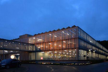 Personeelsparking Campus Sint-Jan Ziekenhuis Oost-Limburg_6
