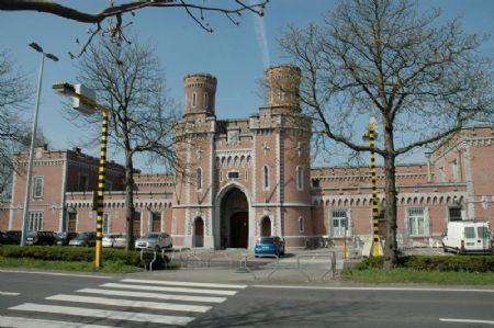 Renovatie cellenvleugel centrale gevangenis leuven_1