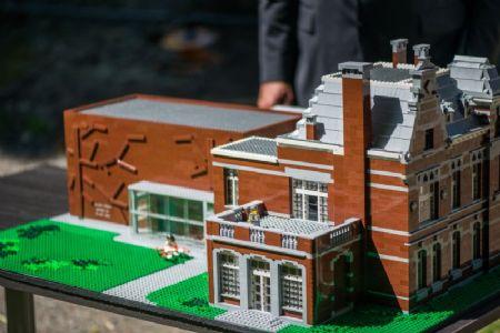 Maquette LEGO centre culturel et de la jeunesse Hoboken_1