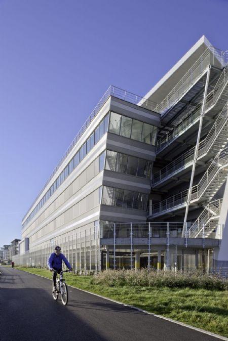 Siège social de la CBC Banque à Namur_5