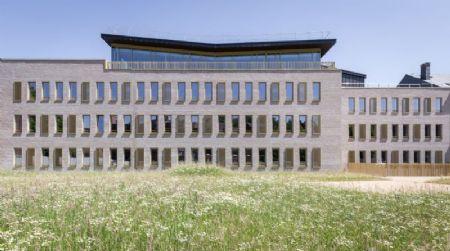 Immeuble de bureaux pour la SWDE_3