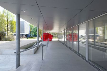 Gebouw I (UA) op Campus Middelheim: bescheiden kunst_4