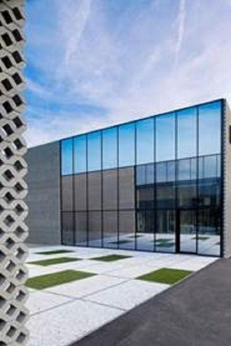 Reconversie industriële gebouwen tot kantoren door autobusbedrijf Van Mullem en zonen_2