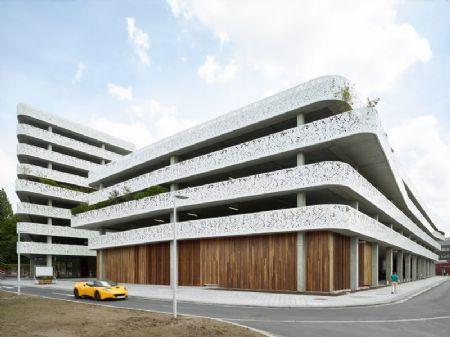Parkeergebouw van AZ Sint-Lucas & Volkskliniek _9