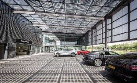 Kronos Porsche Centre_6