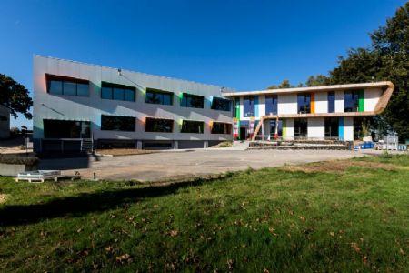 Paint it green. A Limelette, le CoRI s'offre un bâtiment remis à neuf par helium3._1