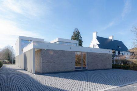 kantoorgebouw Bank J.Van Breda & C° _6