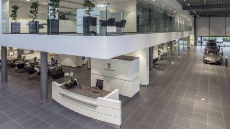 Porsche Center Mechelen_2