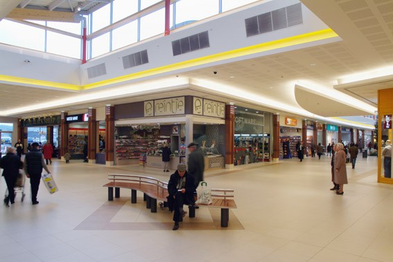 Waasland Shopping Center_2
