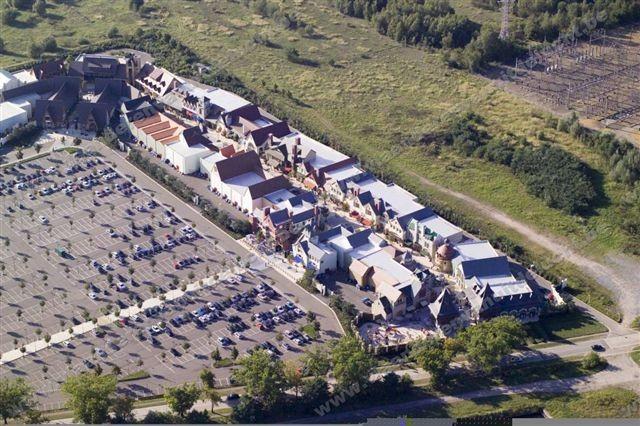 Maasmechelen Village_2