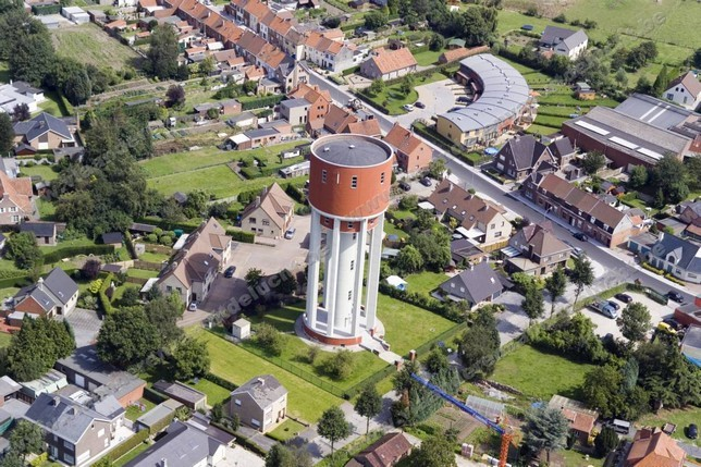 Château d'eau à Petegem-aan-de-Leie_1