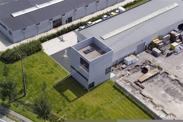 Bedrijfsgebouw van Furnibo in Veurne_2