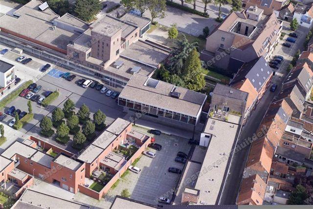 Klimop-gebouw op Stassano-site_3