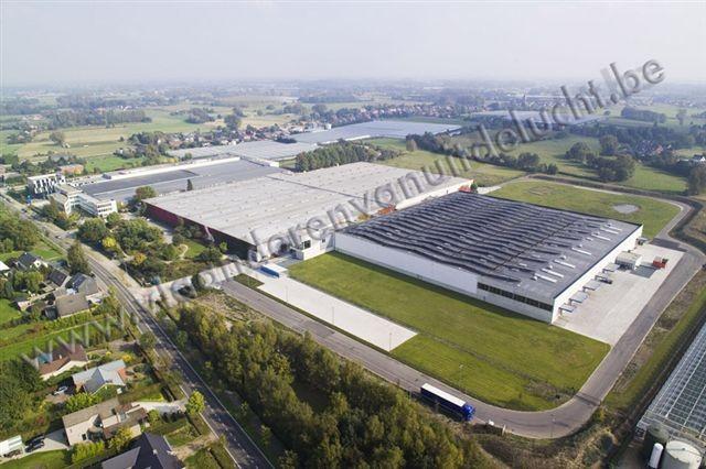 Uitbreiding Reynaers Aluminium met zonnepanelen op het dak_3