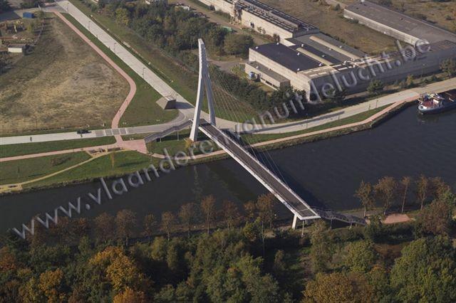 voetgangers- en fietsersbrug over Zuid-Willemsvaart_3