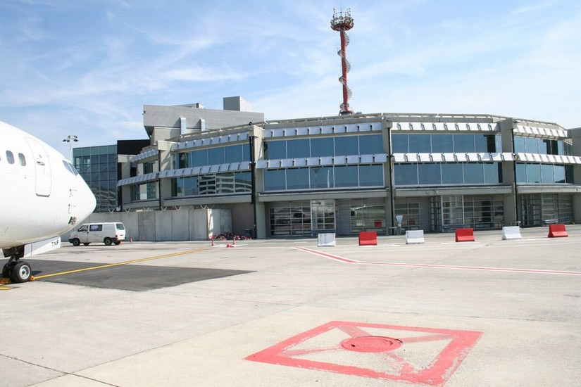 Rénovation bâtiment satellite Brussels Airport_4