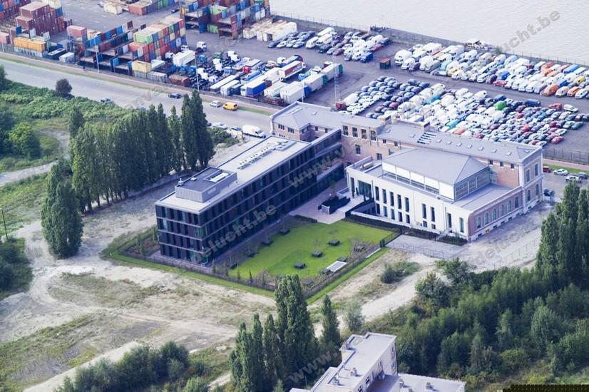 Banque J. van Breda_10