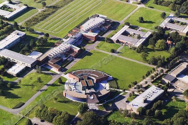Hôpital psychiatrique Rekkem, bâtiment d'accueil, cliniques de jour et chambres_1