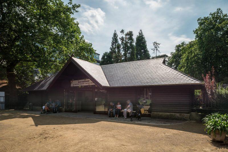Renovatie dak Antwerpse Zoo