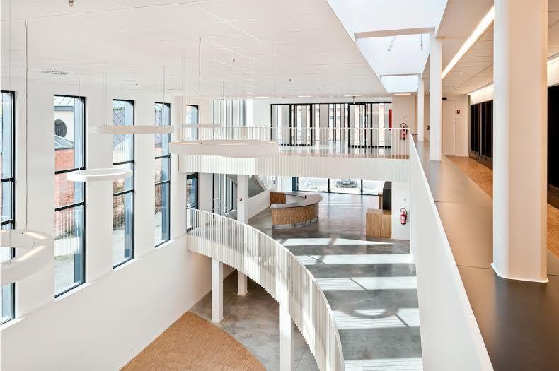 Moderne bibliotheek in de Pinte