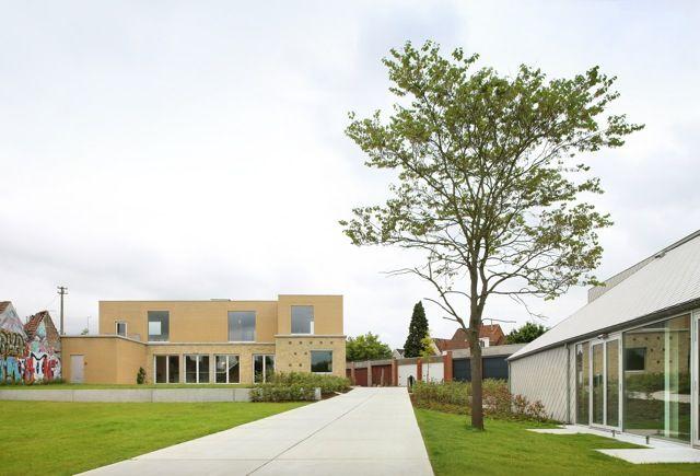 Bilbiotheek en ontmoetingscentrum Bissegem