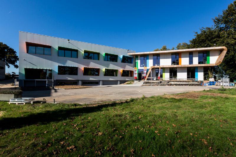 Paint it green. A Limelette, le CoRI s'offre un bâtiment remis à neuf par helium3.