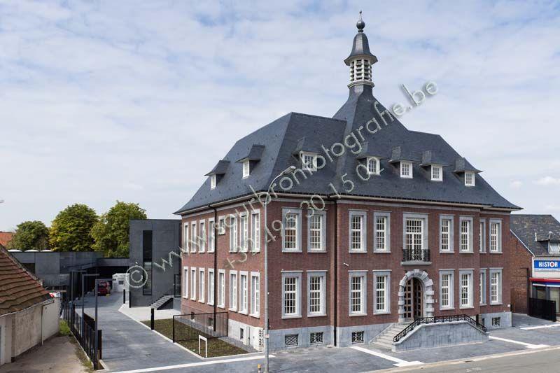 Maaslands huis in oud gemeentehuis Eisden