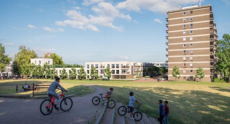 Sociale woningen en kantoorgebouw Rauterpark