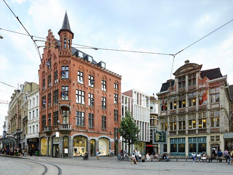 Renovatie winkelpanden Veldstraat-Korenmarkt