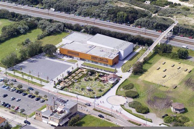 Staf Versluys centrum en duinenplein