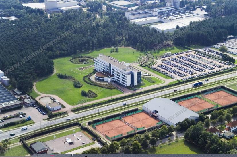 janssen pharmaceutica - computer- en logistiekcentrum