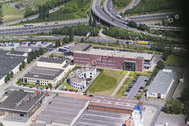Bedrijfsgebouw Barc-Cri