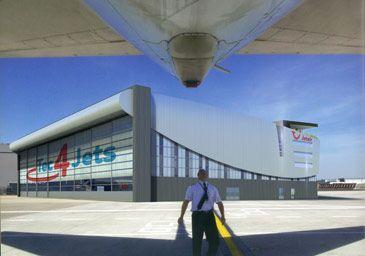 Nieuwe vliegtuigloods Jetair Tui Travel