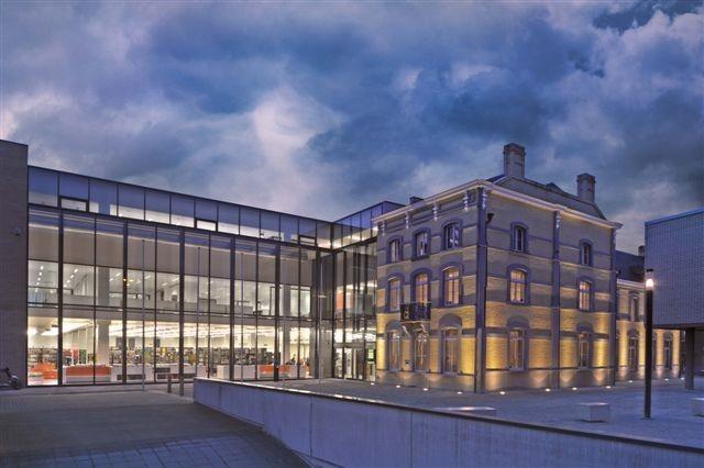 Administratief centrum en stadsbibliotheek Veurne